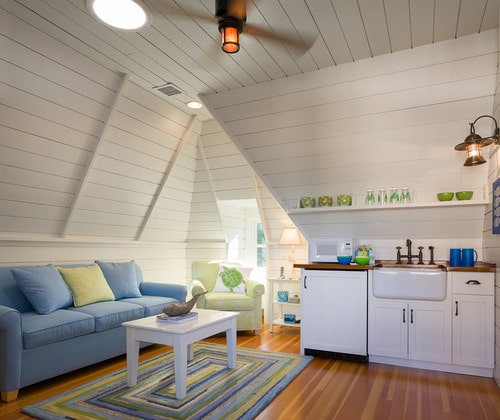 Shiplap ceilings and walls