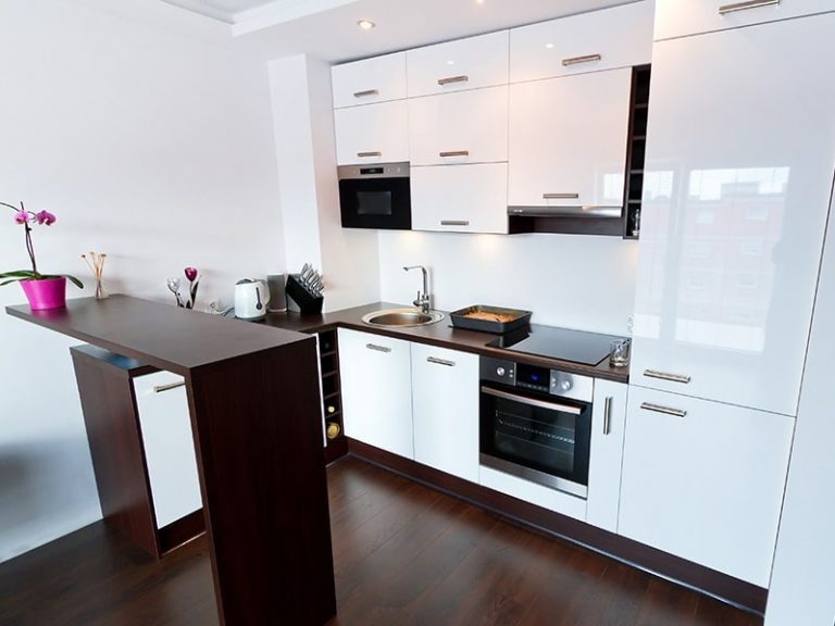 Cabinet refacing on the gold coast