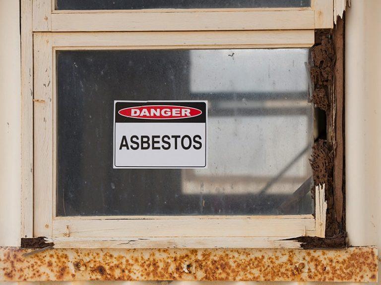 Strip the home of asbestos on the Sunshine Coast